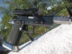 1911/2011 pistols _3