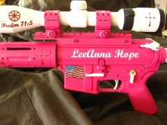 Tactical Ar-15 in pink and white_2